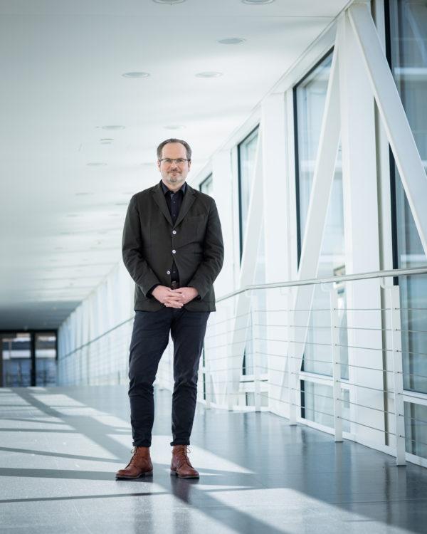 Dr. André Karger